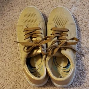Gold sneakers 8